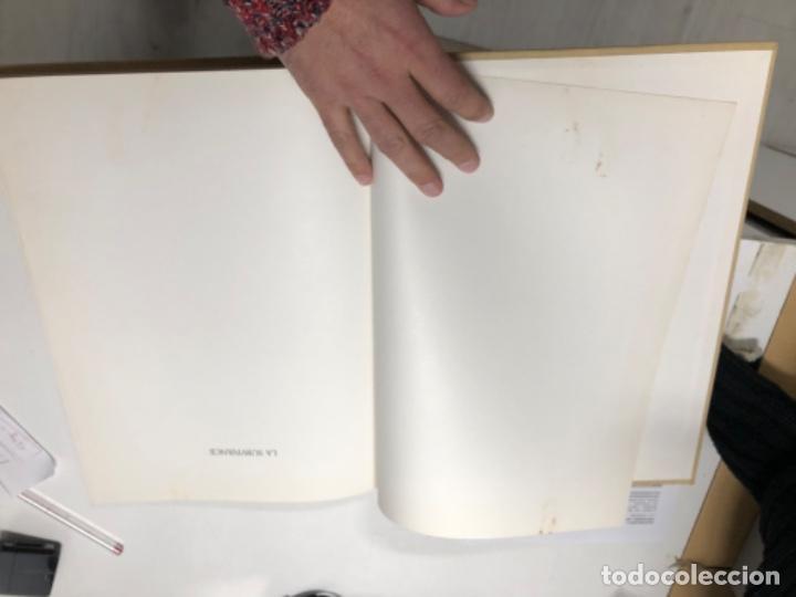 Libros antiguos: LA survivance, fotografías de edouard Boubat, mercure de france, 1976. 28x27 cm. - Foto 10 - 49112467
