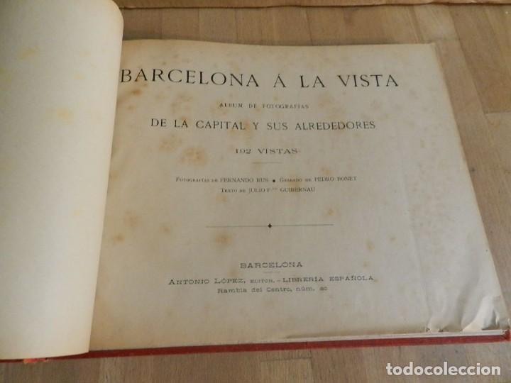 Libros antiguos: BARCELONA Á LA VISTA. ALBUM DE 192 VISTAS.DE LA CAPITAL Y SUS ALREDEDORES. FOTOGRAFÍA ANTIGUA 1900 - Foto 2 - 227824860