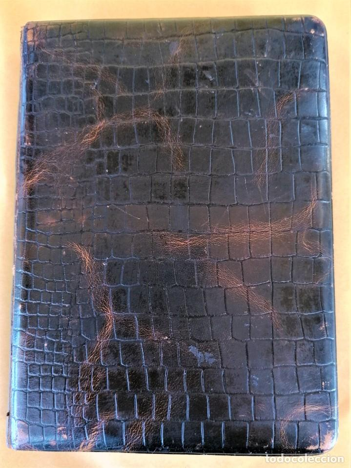 Libros antiguos: ANTIGUO LIBRO,CURSO DE FOTOGRAFIA,AÑO 1921,ENCUADERNACION EN PIEL DE COCODRILO,100 AÑOS.EN CATALAN - Foto 2 - 236317640