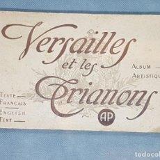 Libros antiguos: VERSAILLES ET LES TRIANNONS ALBUM ARTISTIC 24 FOTOGRAFÍAS PARIS MUY ANTIGUO. Lote 272389908