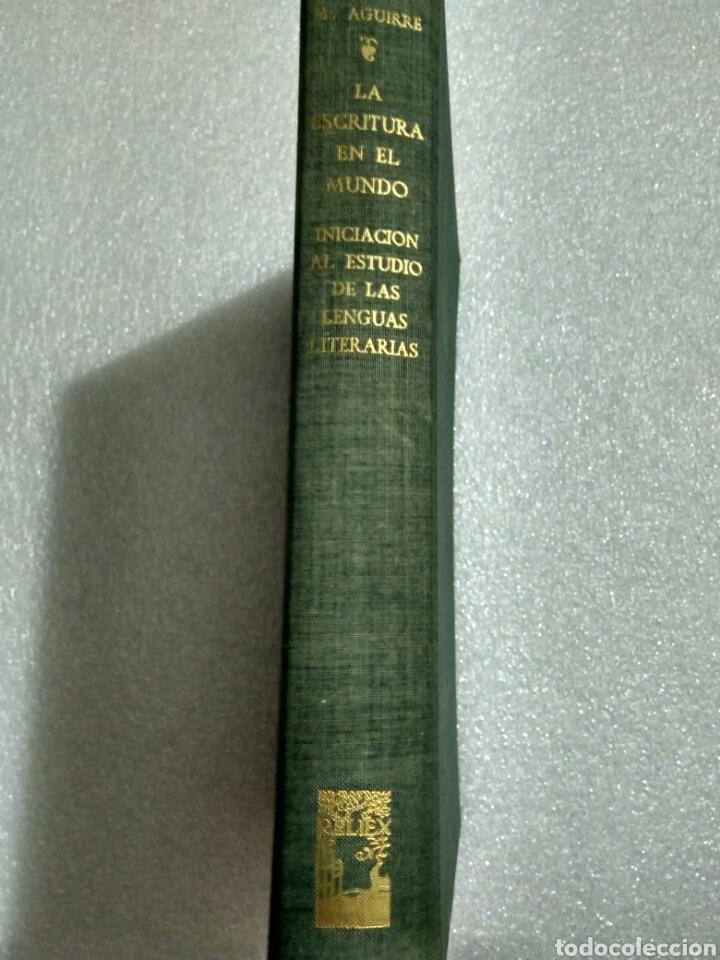 Libros antiguos: LA ESCRITURA EN EL MUNDO. MANUEL AGUIRRE. MADRID 1961. Primera edición. Firmado por el autor - Foto 2 - 107122964