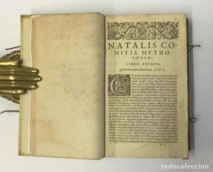 Libros antiguos: NATALIS COMITIS MYTHOLOGIAE, SIVE EXPLICATIONIS FABULARUM, Libri decem... COMES, Natale. 1596. - Foto 3 - 109020963