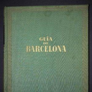 Guia de Barcelona con cientos de fotos en blanco y negro y planos desplegables en color