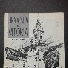 Libros antiguos: 1 ** UNA VISITA A VITORIA - EMILIO DE APRAIZ ** 2ª EDICIÓN 1965 CAJA DE AHORROS. Lote 116286231
