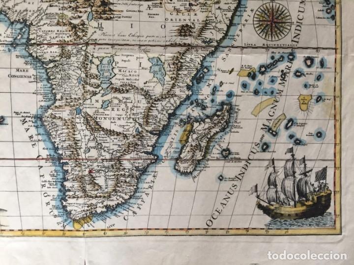 Libros antiguos: MAPA CALCOGRÁFICO ÁFRICA Siglo XVIII Iluminado A Mano. Pierre Vander Aa - Foto 2 - 176013972