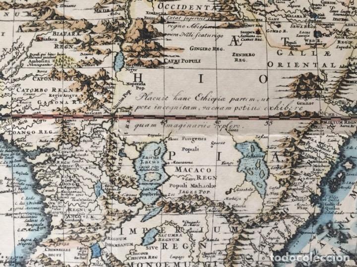 Libros antiguos: MAPA CALCOGRÁFICO ÁFRICA Siglo XVIII Iluminado A Mano. Pierre Vander Aa - Foto 7 - 176013972