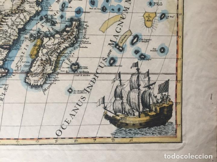Libros antiguos: MAPA CALCOGRÁFICO ÁFRICA Siglo XVIII Iluminado A Mano. Pierre Vander Aa - Foto 8 - 176013972