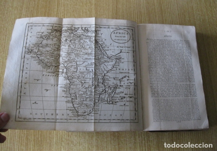 Libros antiguos: Gramática geográfica de Guthrie, 1800. W. Guthrie. Con mapas - Foto 23 - 181359748