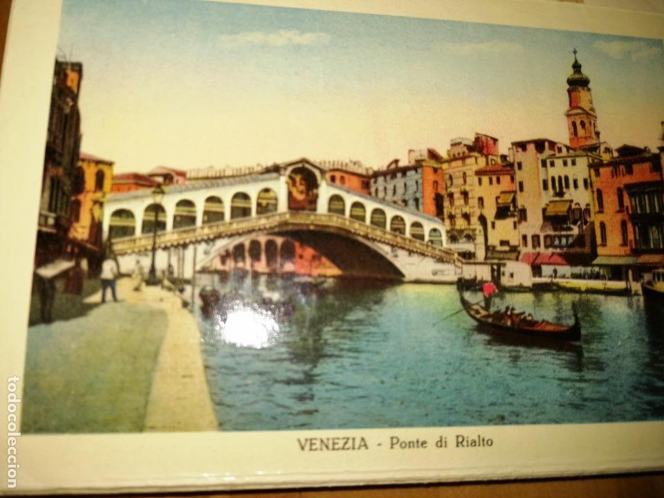 Libros antiguos: RICORDO DI VENEZIA. GUÍA CON POSTALES DE VENCIA. 32 POSTALES.VER FOTOS. MAPA DE VENECIA.W. - Foto 4 - 227978952