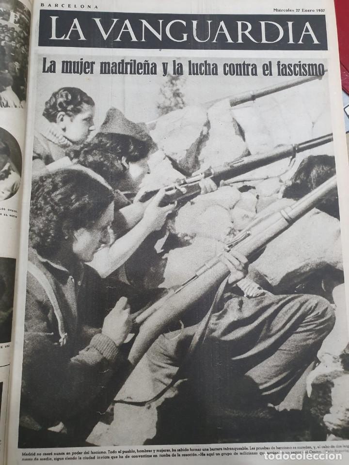 Libros antiguos: Tomo I con 75 notas gráficas La Vanguardia, del bando Republicano, muy buen estado, 1937 - Foto 22 - 167942420