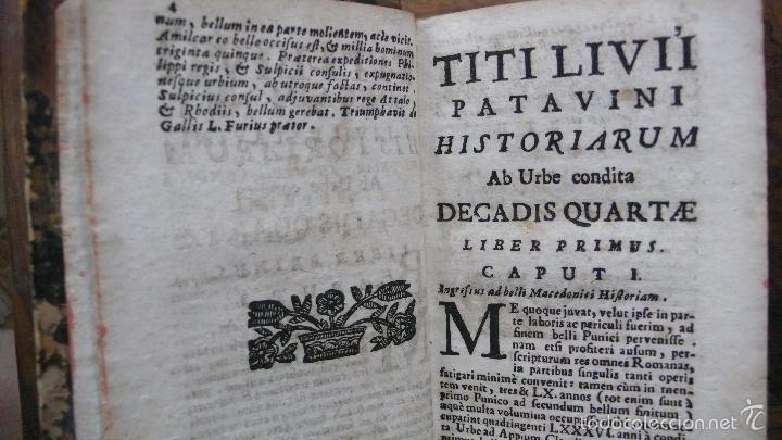 Libros antiguos: HISTORIARUM AB URBE CONDITA. LIBRI XLV. TOMOS I-II-III. T. LIVII PATAVINI. 1722. - Foto 9 - 57435595