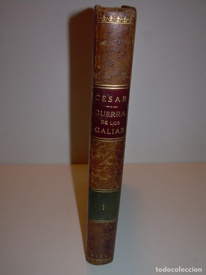 Libros antiguos: CESAR... GUERRA DE LAS GALIAS...AÑO 1941..CON PLANO DESPLEGABLE...LIBRO TAPAS DE PIEL. - Foto 3 - 116707391