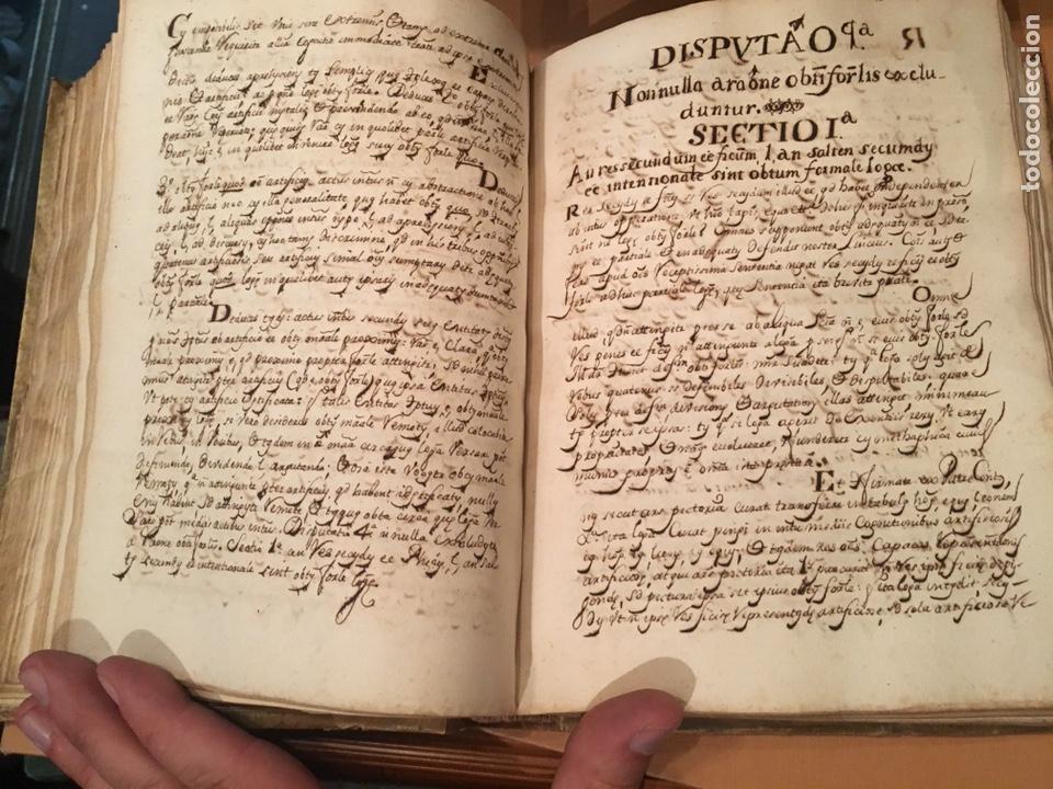 Libros antiguos: LIBRO DE PERGAMINO MANUSCRITO CON DOS ESCUDOS HERÁLDICOS PINTADOS , OBRA DE ARISTÓTELES DE LOGIA - Foto 6 - 129971236