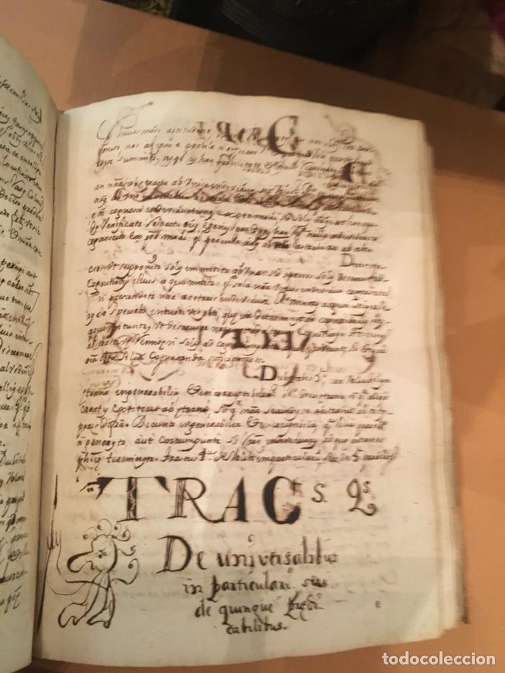 Libros antiguos: LIBRO DE PERGAMINO MANUSCRITO CON DOS ESCUDOS HERÁLDICOS PINTADOS , OBRA DE ARISTÓTELES DE LOGIA - Foto 7 - 129971236