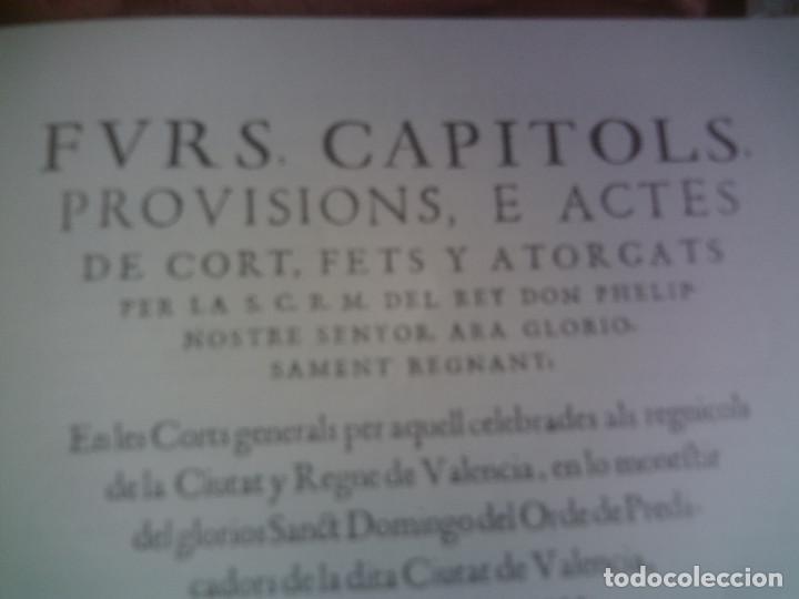 Libros antiguos: ~~~~ ELS FURS DE VALENCIA, 4 TOMOS FACSIMIL, COL-LECCIÓ PEREZ BAYER, MIDEN 39 X 25 CM. ~~~~ - Foto 5 - 140554446