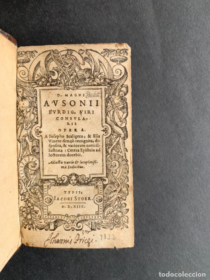 Libros antiguos: 1588 - Ausionio - Justo Lipsio - Viri Consularis Opera - Julio Cesar - Antigua Roma - Foto 3 - 141556178