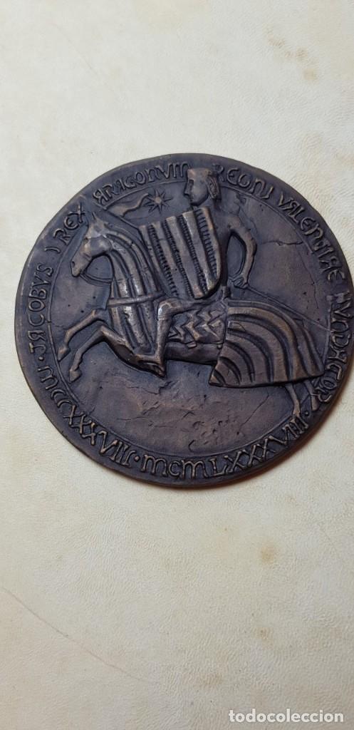 Libros antiguos: El llibre dels privilegis de Valencia,(facsimil) - Foto 6 - 148041154