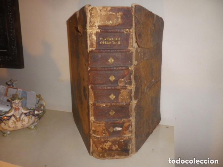 Libros antiguos: GIGANTE LIBRO : PLUTARCO - CHAERONENSIS OMNIUM QUAE EXTUM OPERUM, EN LATIN, AÑO 1624, 43X30 CMS - Foto 4 - 154114218
