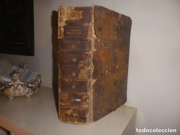 Libros antiguos: GIGANTE LIBRO : PLUTARCO - CHAERONENSIS OMNIUM QUAE EXTUM OPERUM, EN LATIN, AÑO 1624, 43X30 CMS - Foto 2 - 154114218