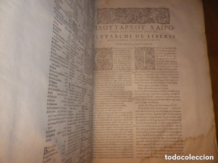 Libros antiguos: GIGANTE LIBRO : PLUTARCO - CHAERONENSIS OMNIUM QUAE EXTUM OPERUM, EN LATIN, AÑO 1624, 43X30 CMS - Foto 12 - 154114218