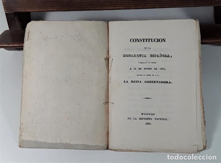 CONSTITUCIÓN DE LA MONARQUIA ESPAÑOLA, PROMULGADA EN MADRID A 18 DE JUNIO DE 1837. (Libros antiguos (hasta 1936), raros y curiosos - Historia Antigua)