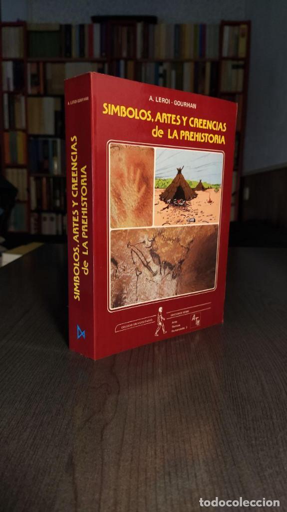 Libros antiguos: Símbolos, artes y creencias de la Prehistoria. A. Leroi Gourhan. Ediciones Istmo. - Foto 6 - 194881463
