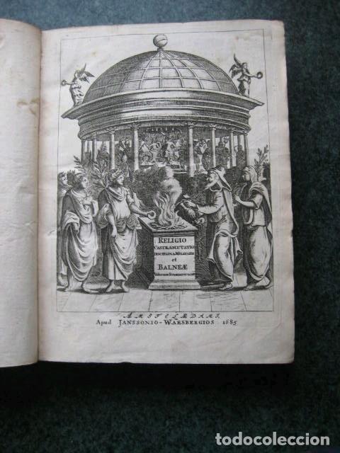 Libros antiguos: VETERUM ROMANORUM RELIGIÓN CASTRAMETATIO...., 1685. Guilielmo du Choul. Grabados - Foto 2 - 230415295