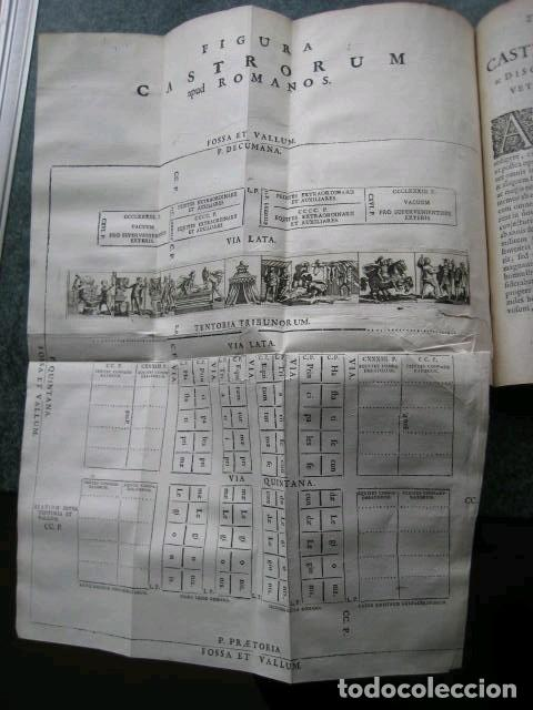 Libros antiguos: VETERUM ROMANORUM RELIGIÓN CASTRAMETATIO...., 1685. Guilielmo du Choul. Grabados - Foto 13 - 230415295