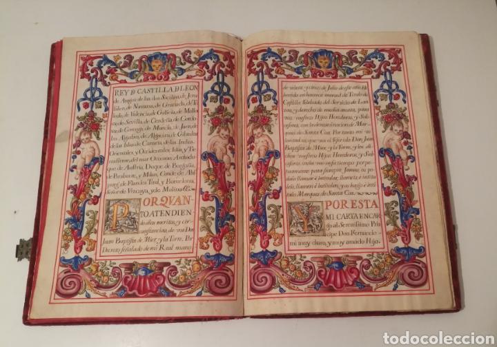 Libros antiguos: Espectacular libro manuscrito iluminado a mano otorgando un marquesado de firmado Felipe V año 1744 - Foto 4 - 246535815