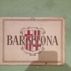 Libros antiguos: LIBRO CON 32 FOTOGRAFIAS DE BARCELONA DE EPOCA. Lote 61104167