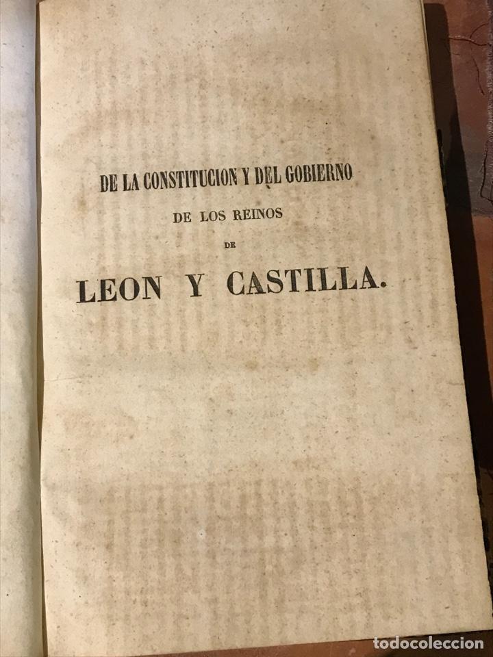 DE LA CONSTITUCIÓN Y DEL GOBIERNO DE LOS REINOS DE CASTILLA Y LEÓN POR DON MANUEL COLMEIRO (Libros antiguos (hasta 1936), raros y curiosos - Historia Moderna)