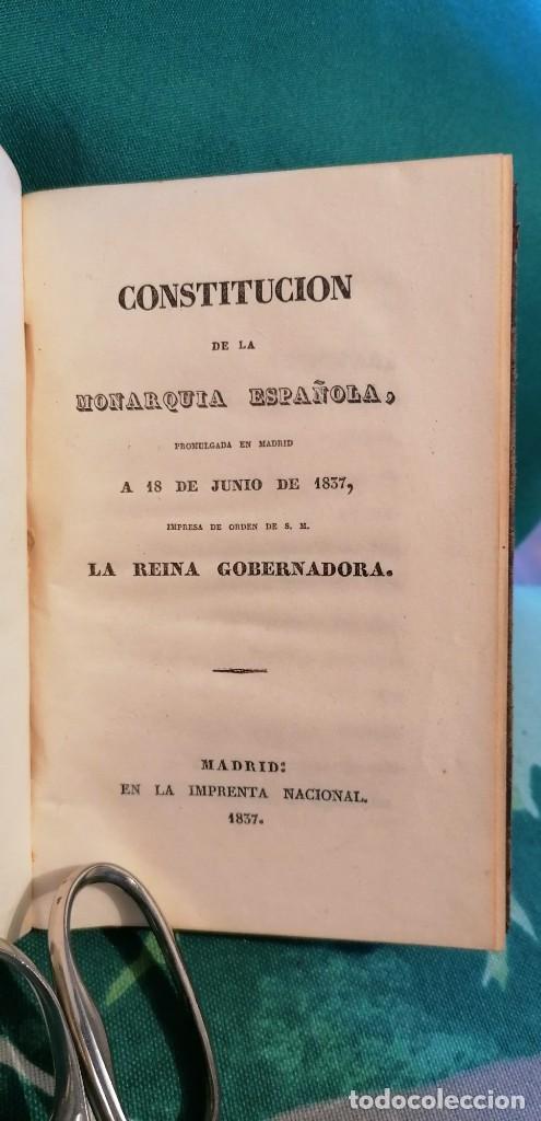 Libros antiguos: LIBRO CONSTITUCIÓN DE LA MONARQUÍA ESPAÑOLA, PROMULGADA EN MADRID...1837 - Foto 2 - 265488544