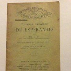 Libros antiguos: PRIMERAS LECCIONES DE ESPERANTO,POR TH CART, 1906. 5º EDICIÓN 30 PAG. 11 X 17,5 CM. Lote 183581830
