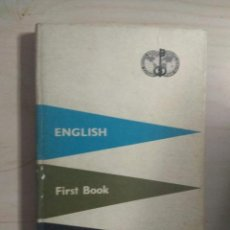 Libros antiguos: ENGLISH, FIRST BOOK - BERLITZ 540TH EDITION 9TH REPRINT. Lote 211892227