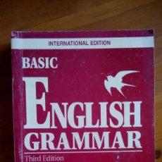 Libros antiguos: BASIC ENGLLISH GRAMMAR. BETTY SCHRAMPFER AZAR. EDIT.: PEARSON LONGMAN.. Lote 221606907