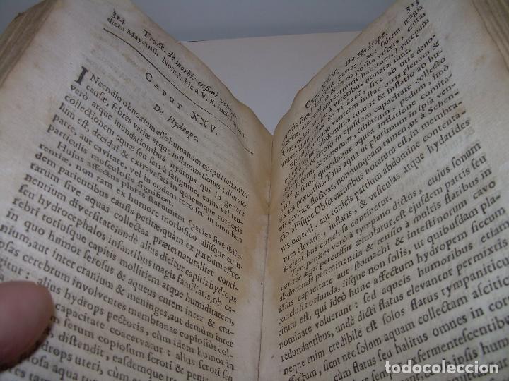 Libros antiguos: DOS TOMOS DE MEDICINA.... TAPAS DE PERGAMINO..AÑO. 1.712...PRAXIS MEDICA. - Foto 9 - 95412871
