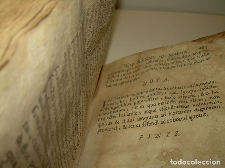 Libros antiguos: DOS TOMOS DE MEDICINA.... TAPAS DE PERGAMINO..AÑO. 1.712...PRAXIS MEDICA. - Foto 11 - 95412871