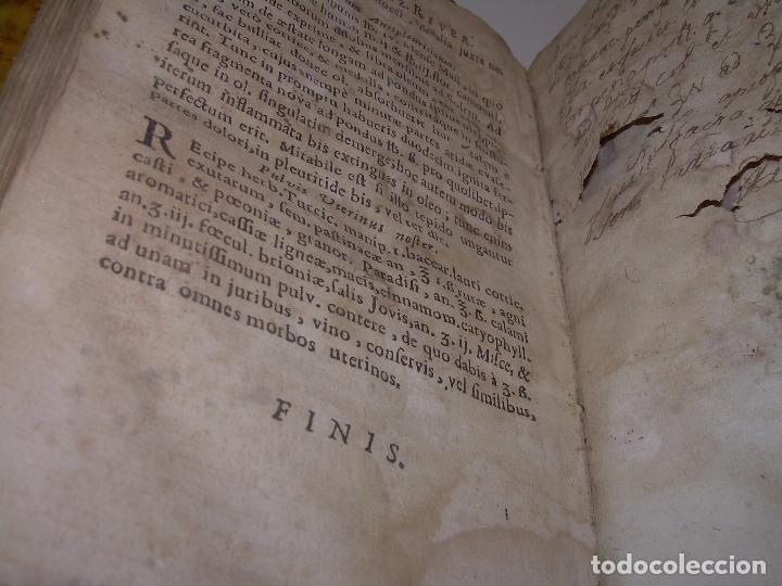 Libros antiguos: DOS TOMOS DE MEDICINA.... TAPAS DE PERGAMINO..AÑO. 1.712...PRAXIS MEDICA. - Foto 24 - 95412871