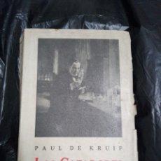 Libros antiguos: LOS CAZADORES DE MICROBIOS 1934. Lote 176266544