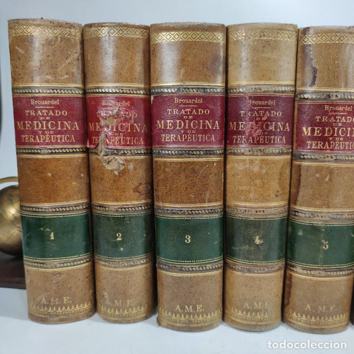 Libros antiguos: Tratado de medicina y terapéutica. P. Brouardel. D. José Núñez Granés. 10 tomos. Madrid. 1901. - Foto 2 - 290962338