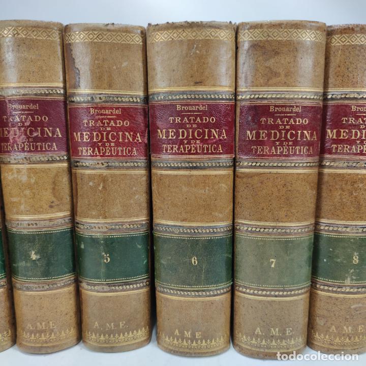 Libros antiguos: Tratado de medicina y terapéutica. P. Brouardel. D. José Núñez Granés. 10 tomos. Madrid. 1901. - Foto 3 - 290962338