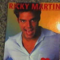 Libros antiguos: RICKY MARTIN, LA VIDA DEL REY DEL POP LATINO, POR OLGA CARO GONZALO - OCEANO - 2000. Lote 19467385