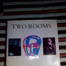 Libros antiguos: LIBRO TWO ROOMS: ELTON JOHN AND BERNIE TAUPIN IN THEIR OWN WORDS(INGLÉS). Lote 35030763