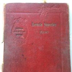 Libros antiguos: LIBRO MÚSICAL.-