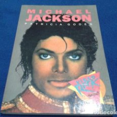 Libros antiguos: SALVAT VIDEO ROCK ( MICHAEL JACKSON ) PATRICIA GODES 1990. Lote 111684059