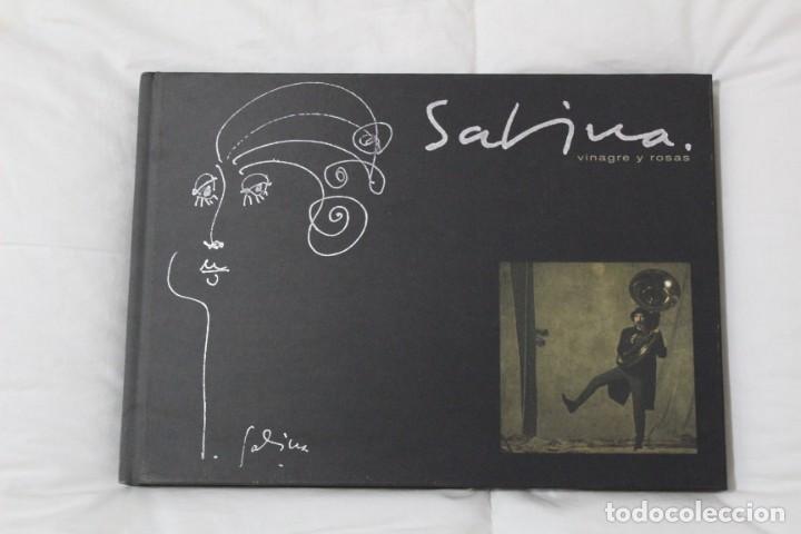 LIBRO JOAQUIN SABINA. LETRAS DE VINAGRE Y ROSAS EDICIÓN LIMITADA DE COLECCIONISTA 2009 (SIN CD) (Libros Antiguos, Raros y Curiosos - Bellas artes, ocio y coleccion - Música)