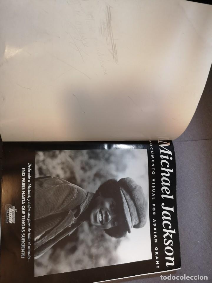 Libros antiguos: libro MICHAEL Jackson 2001-AUTORIZADO POR EL REY - Foto 4 - 153719410