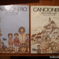 Libros antiguos: DOS LIBROS CANCIONEROS EGB CICLO MEDIO E INICIAL SM. Lote 183596627