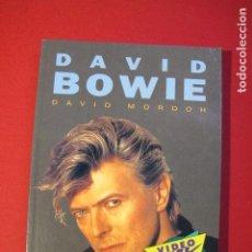 Libros antiguos: DAVID BOWIE - DAVID MORDOH - VIDEO ROCK SALVAT 1991 - 95 PAG. - BIOGRAFIA, LETRAS Y FOTOS. Lote 186228822
