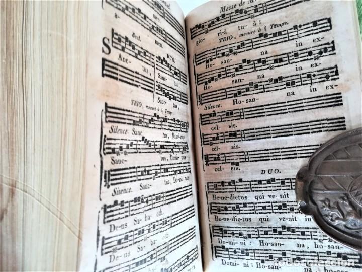 Libros antiguos: ANTIGUO LIBRO,MUSICA Y CANTO RELIGIOSO,SIGLO XIX,AÑO,1827,FUNERALES,SEMANA SANTA Y DIFERENTES OFICOS - Foto 5 - 192975307